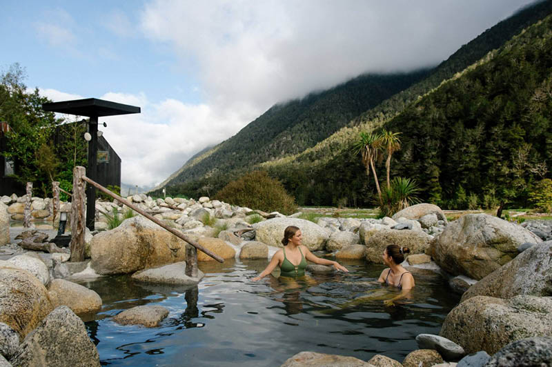 Muruia Hot Springs, New Zealand (image courtesy of Muruia Hot Springs)